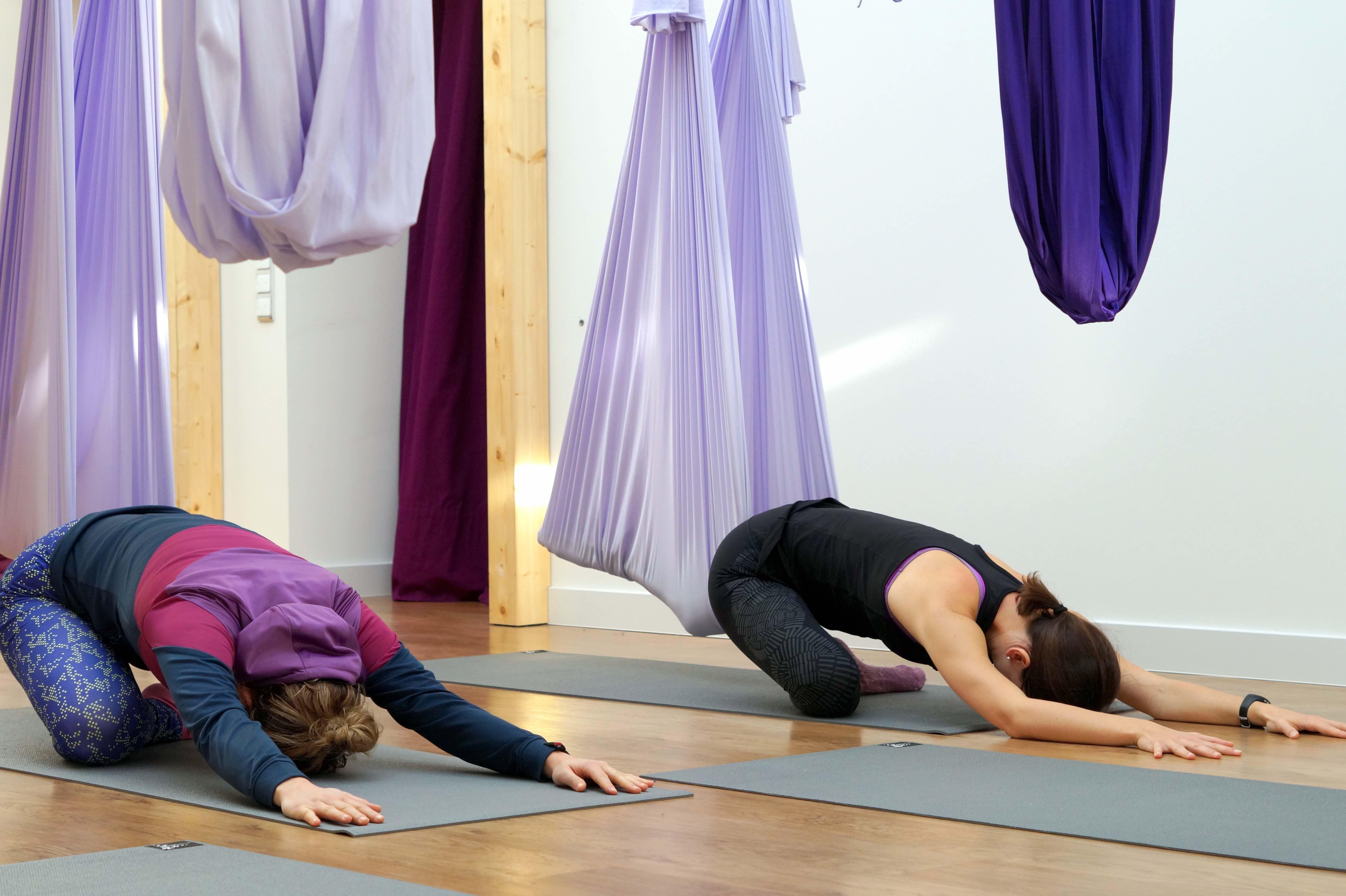 glueckskind-flying-yoga