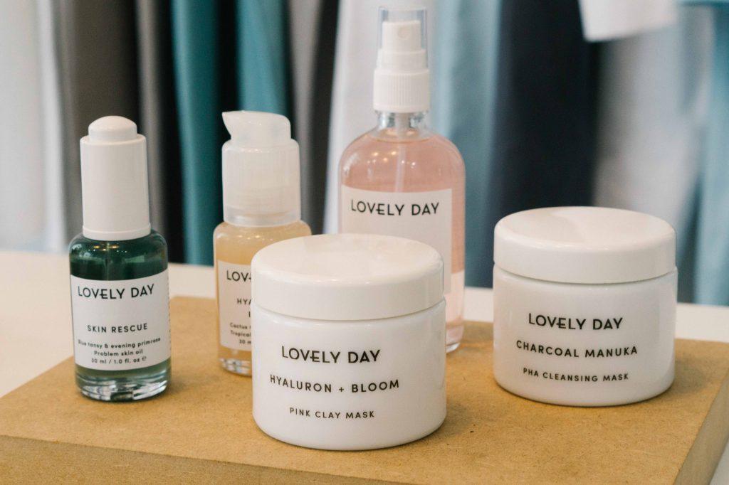Nachhaltige Kosmetik Lovely Day, gesehen bei Luxaa in Leipzig