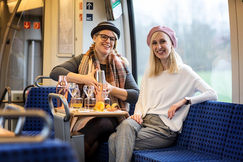 Katja Schirmer von der Kreativen Cocktailwerkstatt im Zuginterview