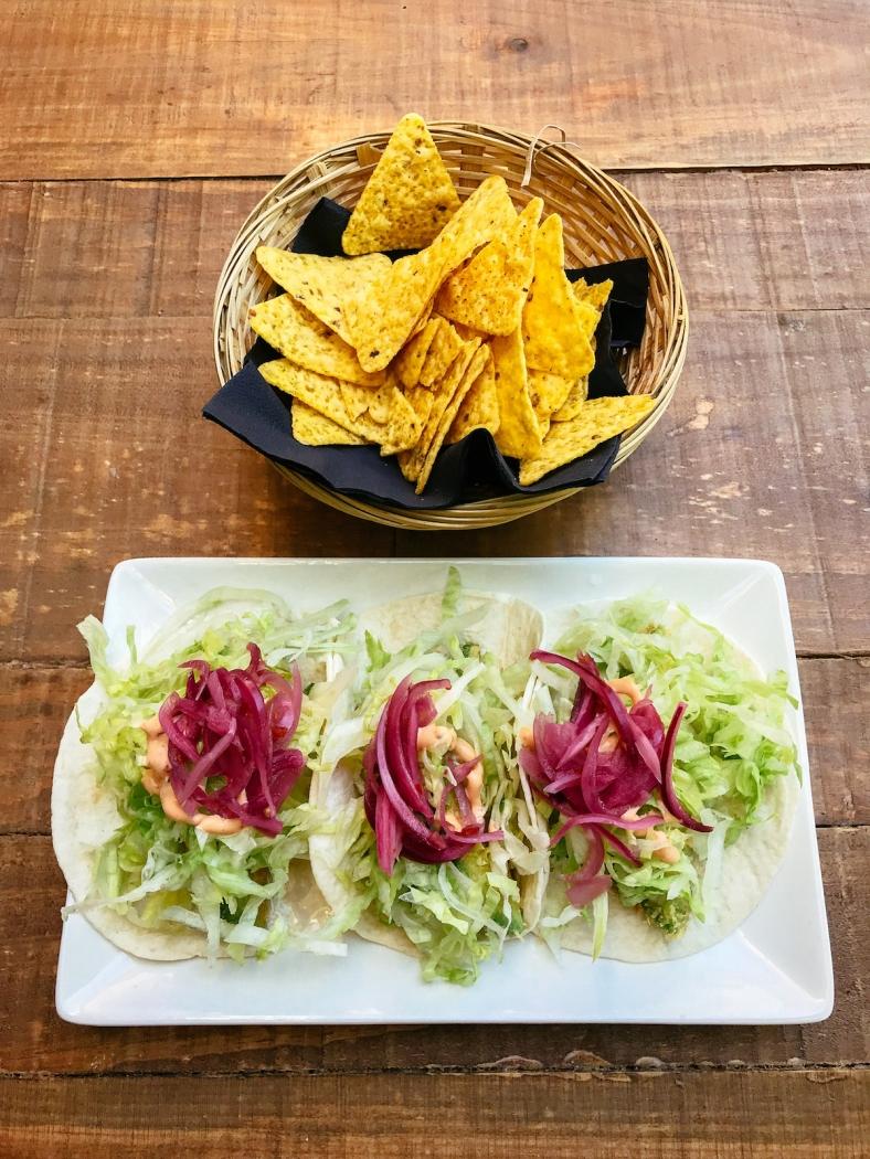 gallo_negro_tacos_nachos